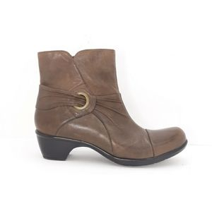 Clarks Bendables Ankle Boots